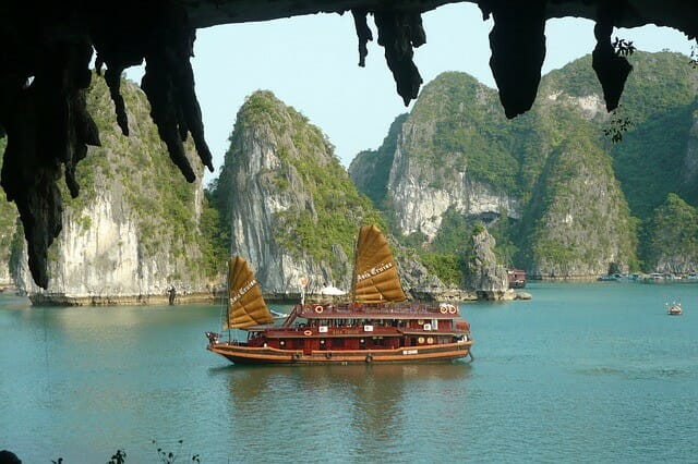 Boottour in der Halong Bucht