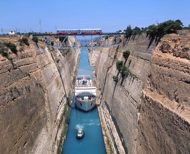 Bau des Kanals