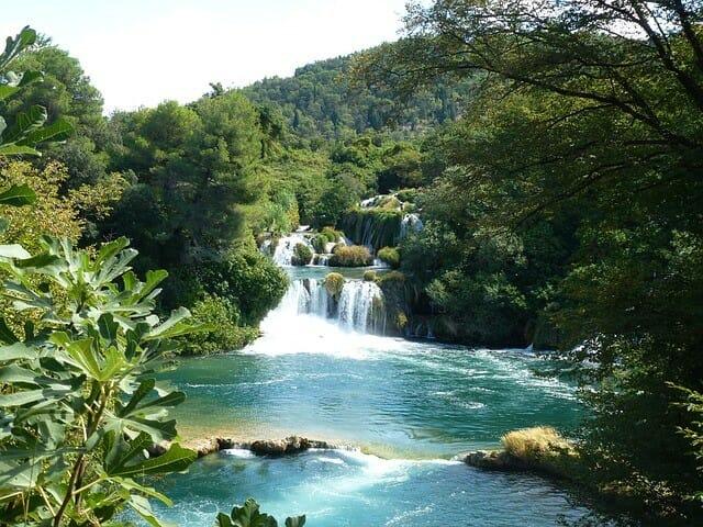 Wo findet man die Krka Wasserfälle?