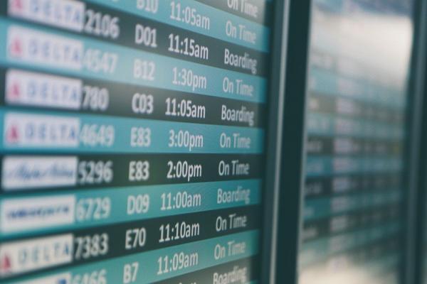 Mit dem Flightradar die Abflug- und Ankunftszeiten beobachten