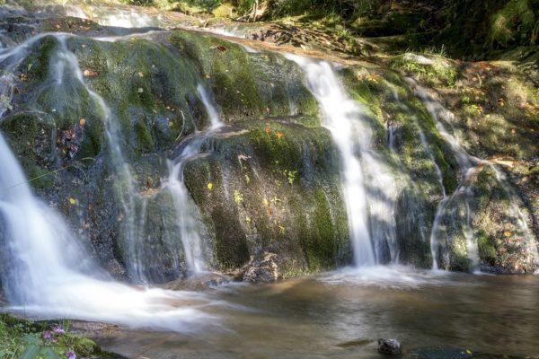 Ist das Baden in den Allerheiligen Wasserfällen erlaubt?