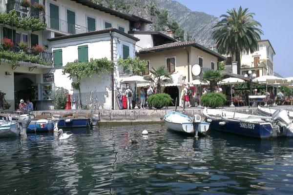 Wo liegt Limone sul Garda?