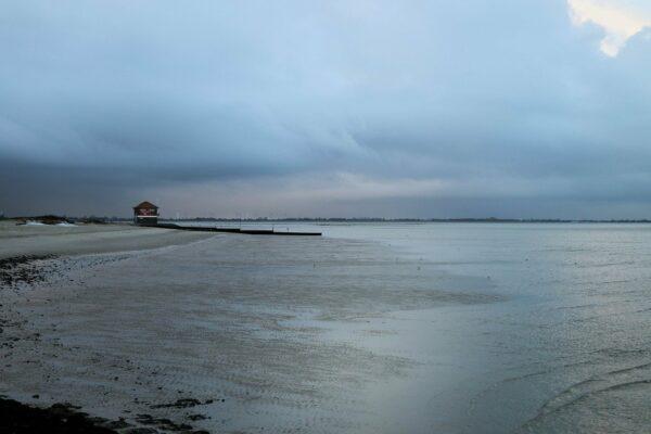 Wie lang ist der Strand Hooksiel?